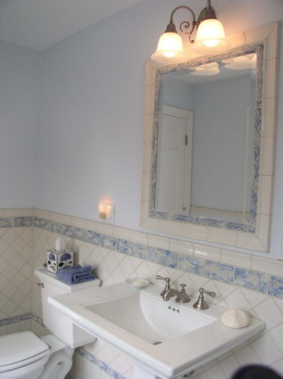 Grapevine Bath